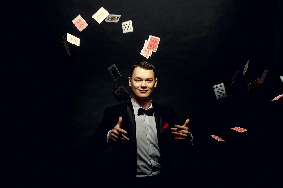 Występy magików – nowa ulubiona rozrywka Polaków