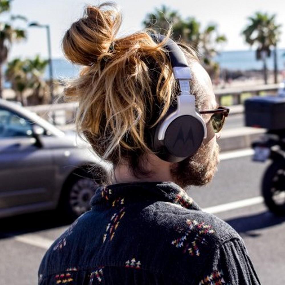 Zero hałasów z zewnątrz, sto procent muzyki